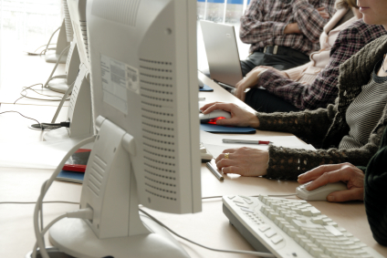 iStock_000003243178XSmall4 לימודי QA או קורס בודקי תוכנה